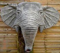 Tête d'éléphant en terre cuite